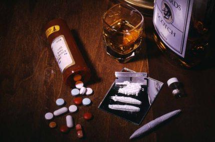 alcool_e_drogas-950x633